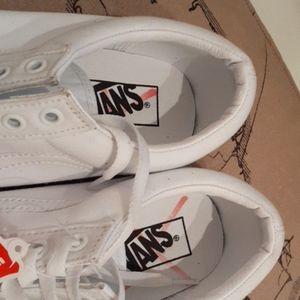 Vans Shoes - Bnwt Van's mens canvas lace ups size 10.0